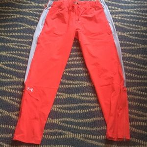 New Woman's Under Armour Storm Pants